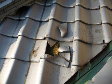 屋根工事 瓦 割れ