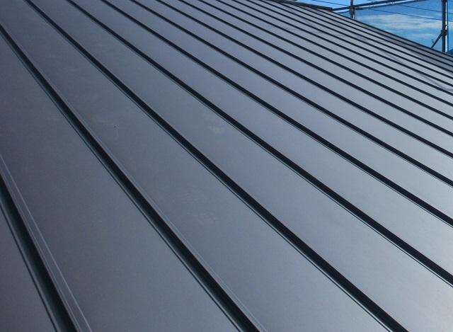 ガルバリウム鋼板屋根