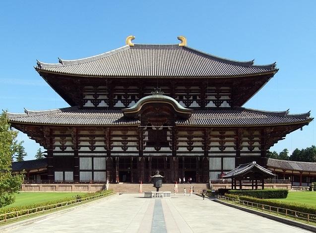 伝統の屋根