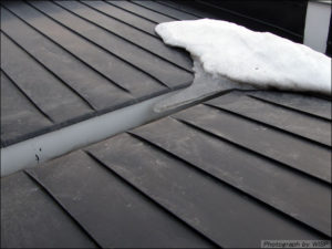 雪 屋根修理
