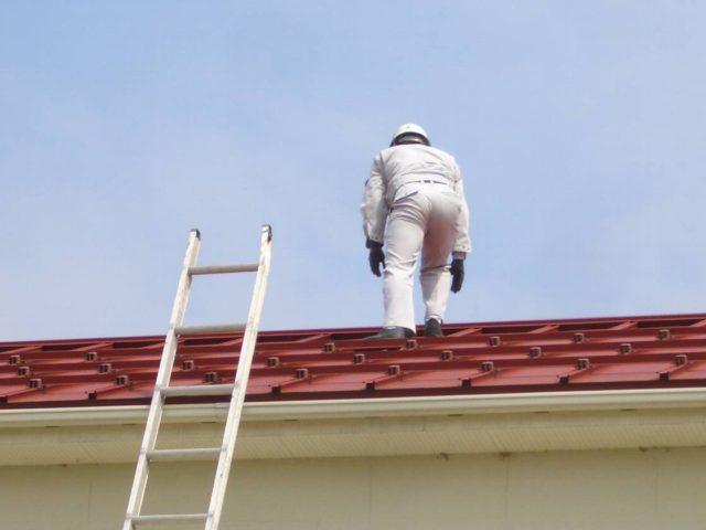 屋根工事業者